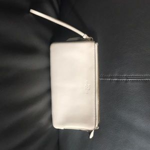 New Coach off white clutch/wristlet